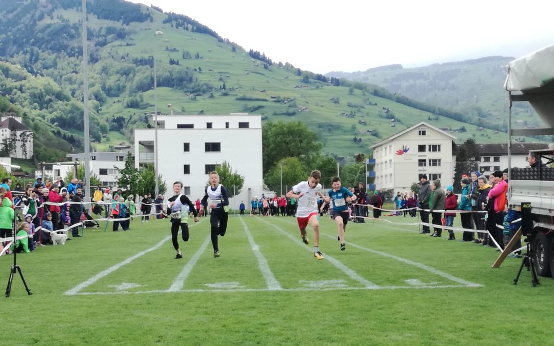 Flinker Leichtathletiknachwuchs am UBS Kids Cup