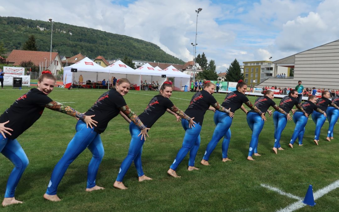 Buchser Gymnastinnen am Rothrister Cup